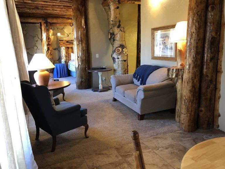 tree room sitting area 2