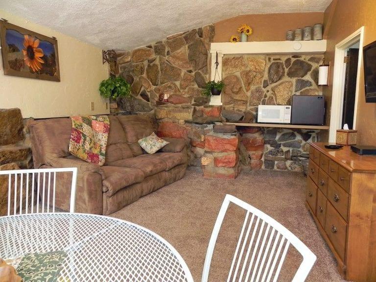 Garden room sitting area 1